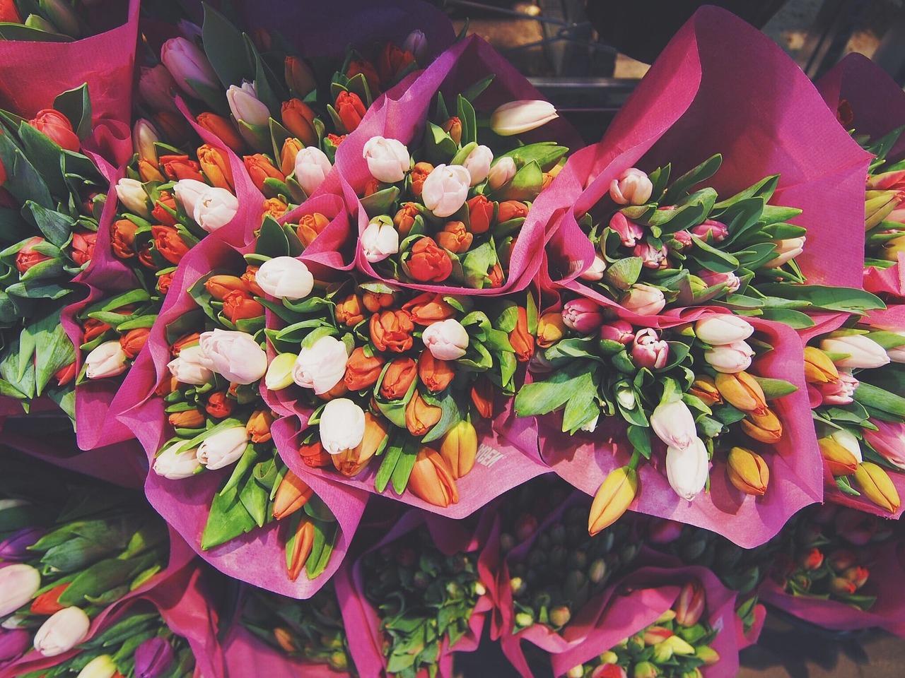 Jak wręczać kwiaty?